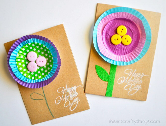 Make your own Mother's Day card at home with this easy tutorial