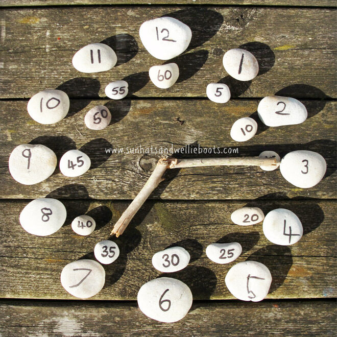 Outdoor games for telling time