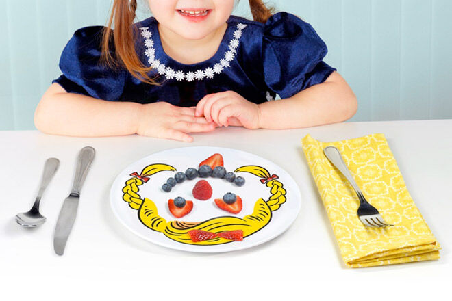 Fun dinner plates for kids from Fred & Friends