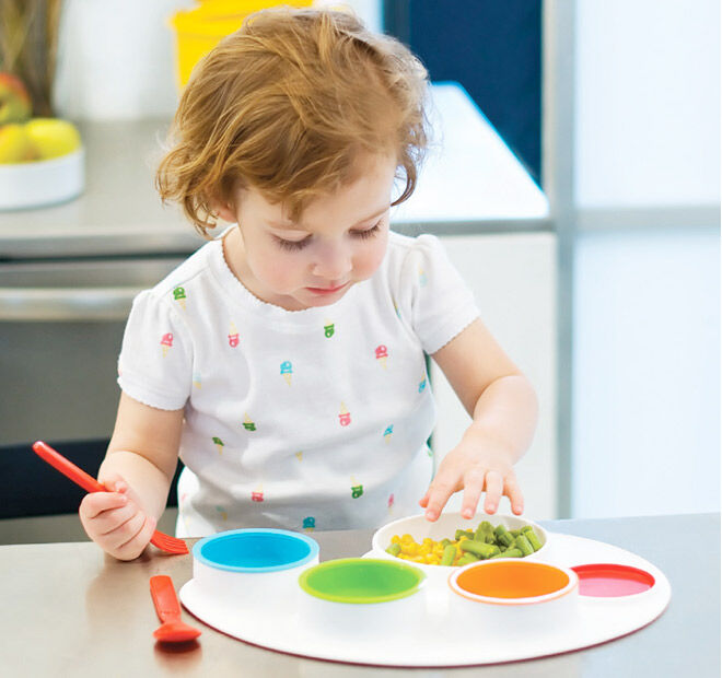 Fun and engaging dinnerware from Skip Hop