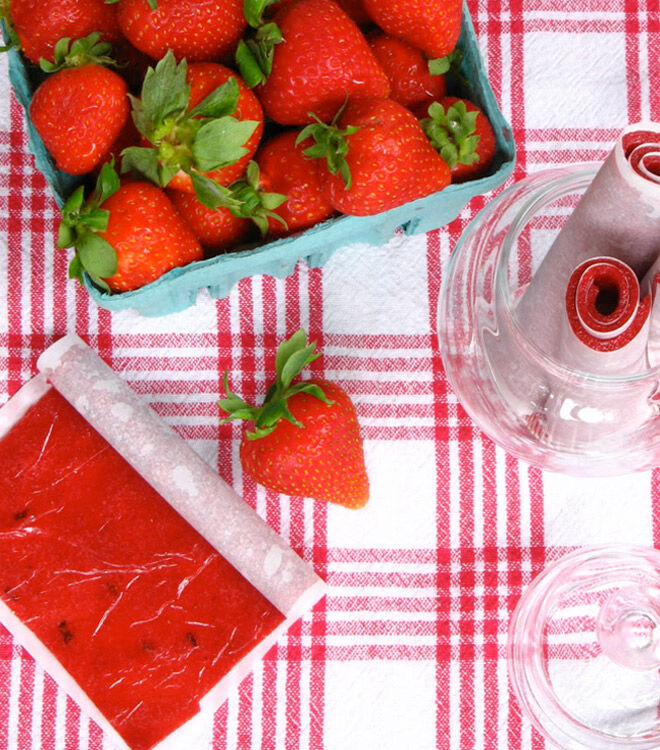 Summer recipe for strawberry and raspberry roll-ups