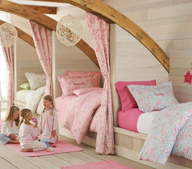 Rooms To Go Kids Furniture Store: 16 Clever Ways To Fit Three Kids In One Bedroom