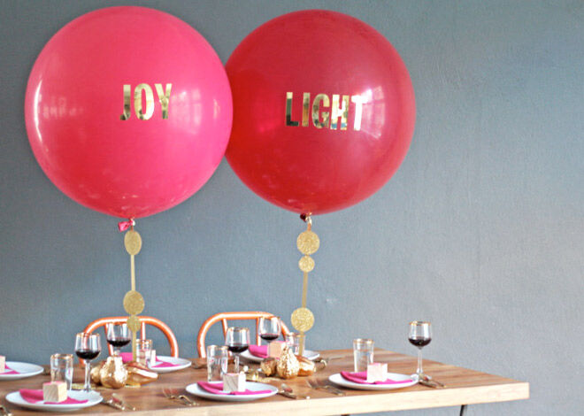 Great Christmas decoration idea! Red balloons with gold lettering | Mum's Grapevine