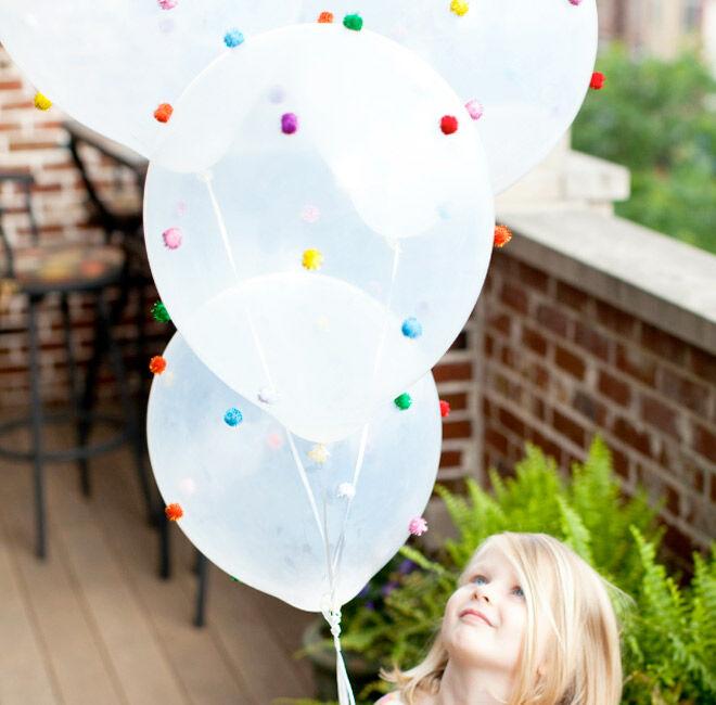 13 DIY Balloon Projects - Pom Pom Balloons| Mum's Grapevine