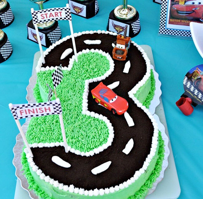 Birthday Cakes for Boys: Cars Race Track via The Domestic Project   Mum's Grapevine