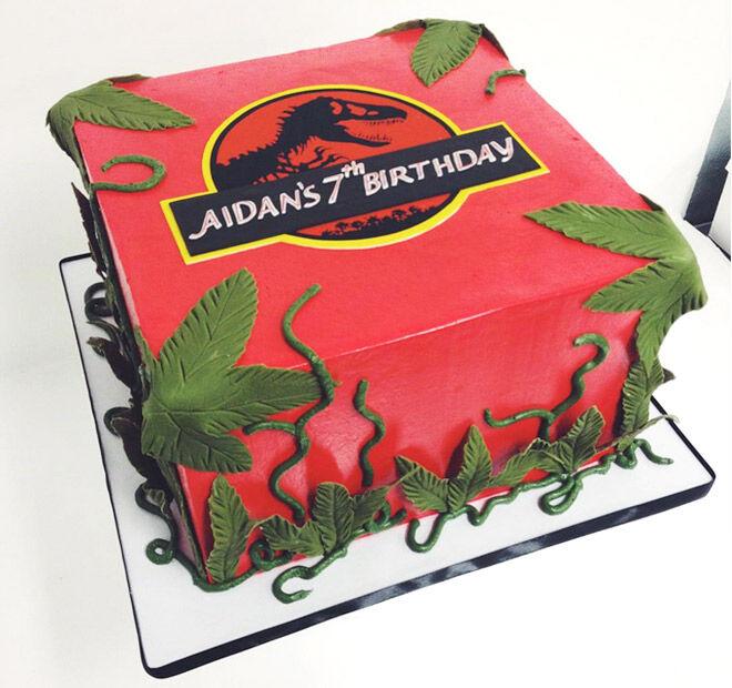 Birthday Cakes for Boys: Jurrasic Park Cake via @sweetnsaucyshop   Mum's Grapevine
