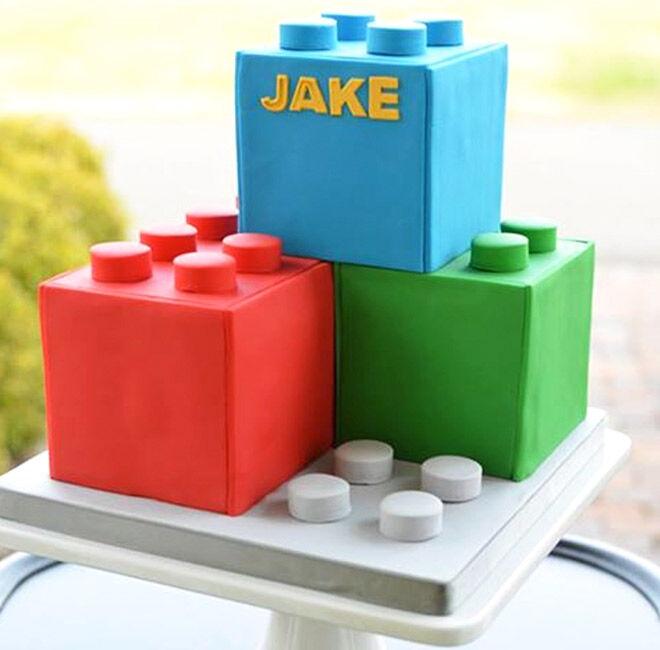 Birthday Cakes for Boys: Lego Cake via But a Dream   Mum's Grapevine