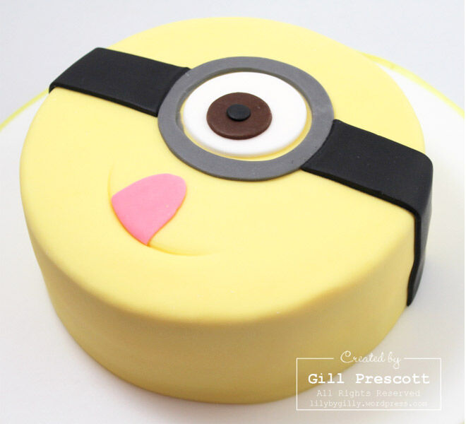 Birthday Cakes for Boys: Minion Cake via Lily by Gilly   Mum's Grapevine