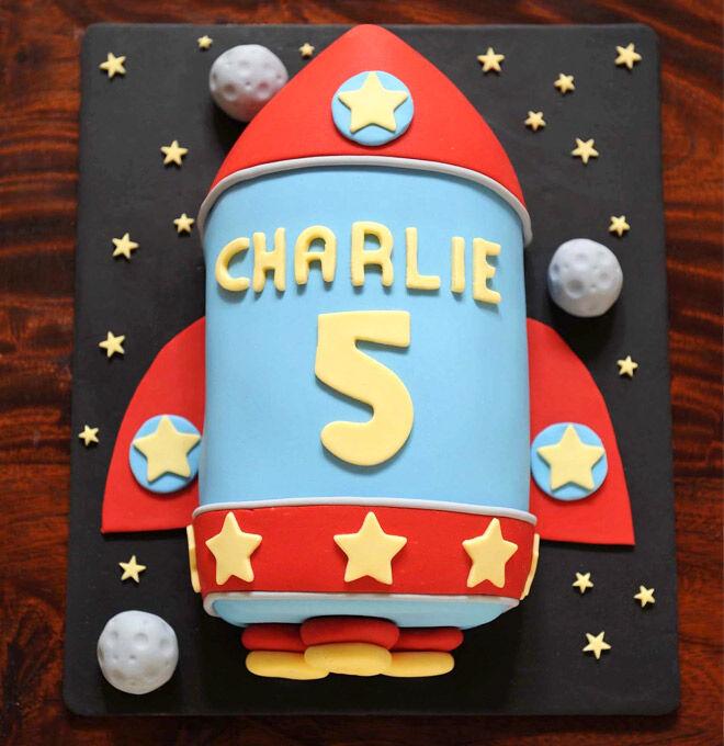 Birthday Cakes for Boys: Rocket Cake via Mudgee Made   Mum's Grapevine