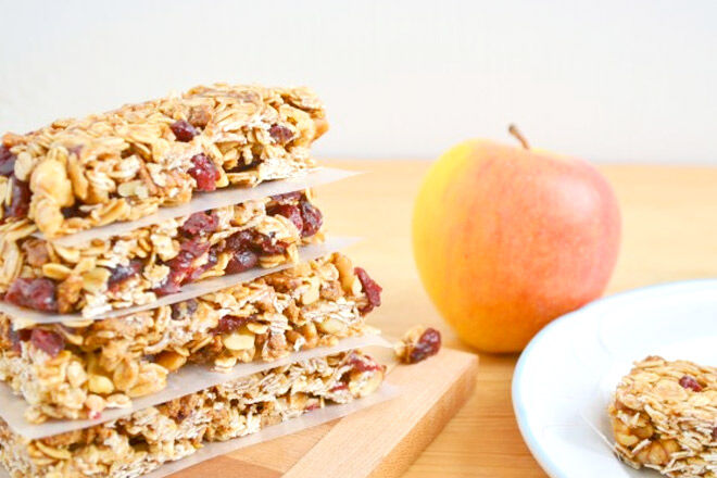 Nut-free cereal bar | Mum's Grapevine