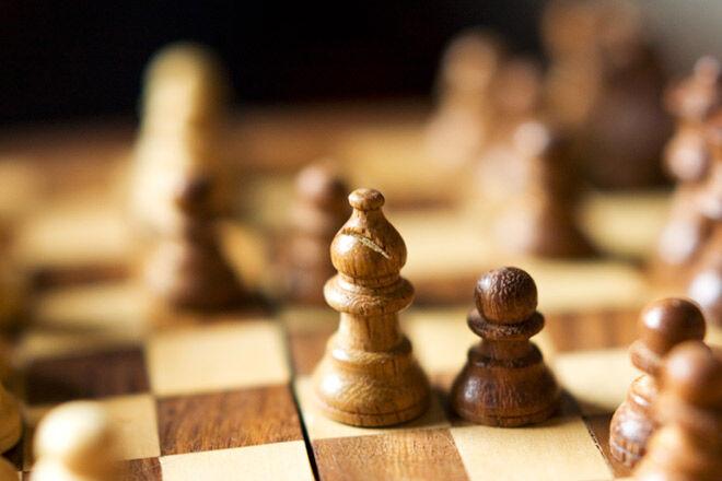 Toys through time - Wooden Chess Set