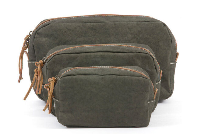 Father's Day Gift Ideas for outdoor dads:Dark Green Cosmetic Bag | Mum's Grapevine