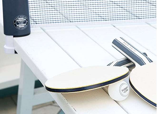 Gifts for sporty dads: Portable Ping Pong by Sunnylife | Mum's Grapevine