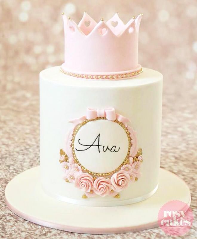 This is a dream cake for any wannabe princess!