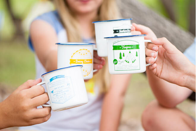Gift ideas for outdoor dads: TMOD Enamel Cups | Mum's Grapevine