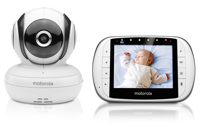 long range 4 baby monitors that go the distance mum 39 s grapevine. Black Bedroom Furniture Sets. Home Design Ideas