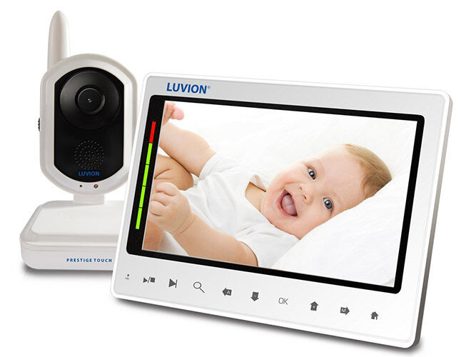 Gift Guide for Tech Dads: Baby Monitor | Mum's Grapevine