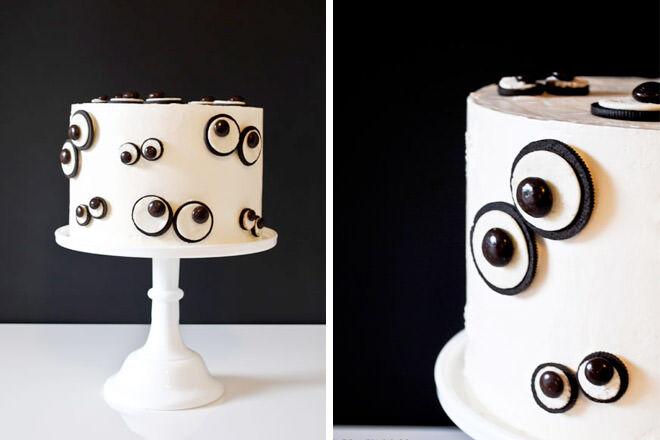 Oreos make this Googly Eye Halloween Cake super cool