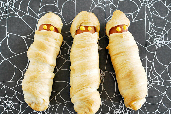 13 deliciously hair-raising party foods for Halloween | Mum's Grapevine
