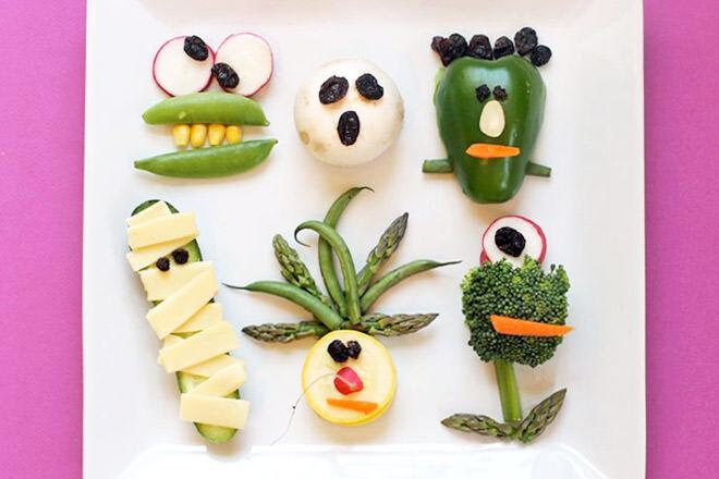 Healthy Halloween dinner! Green capsicum goblins and mighty monster mushrooms will get your ghosties eating their veggies.