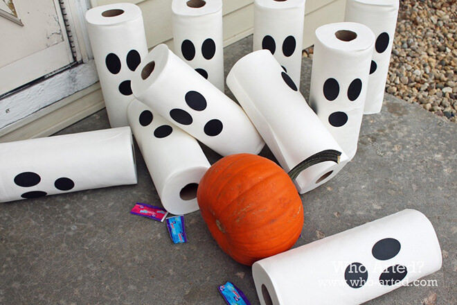 Paper towel is instantly turned into a ghostly game of bowling with simple eyes and a mouth.