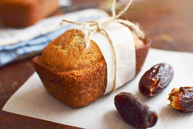 Add a little spice to the squirts lunches with these tasty date and ginger mini loaves. Nom nom!