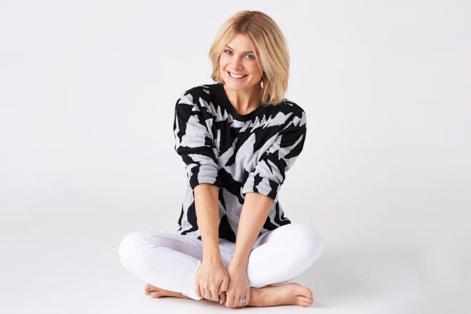 Natalie Bassingthwaighte launches Chi Khi's new collection