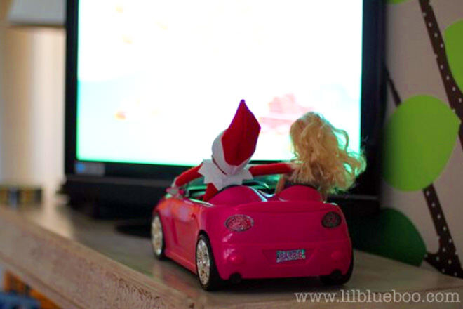 Elf on the Shelf takes Barbie for a date