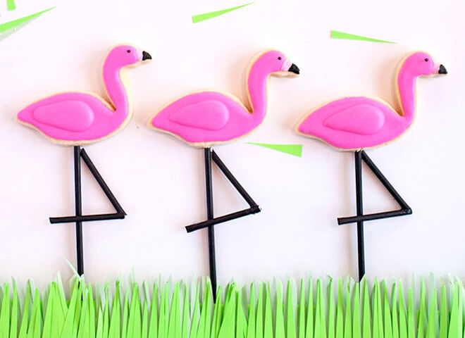 DIY Easy Flamingo Cookies for a Flamingo Party