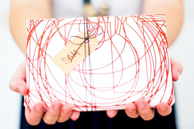 16 easy gift wrap ideas | Mum's Grapevine
