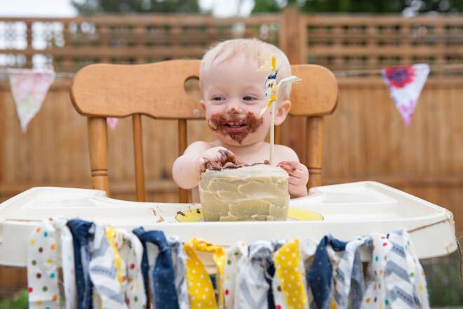 Healthy birthday cake low sugar