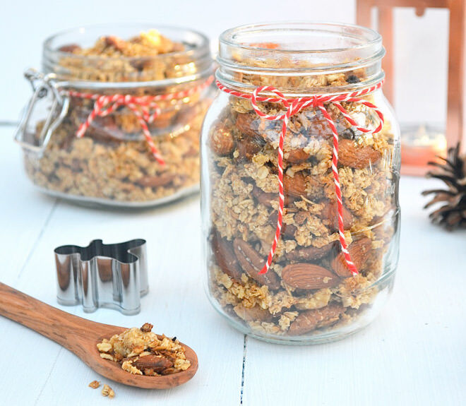 Homemade gifts: Gingerbread granola