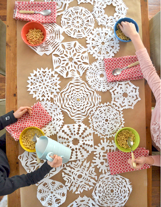 Easy DIY Snowflake Table Runner