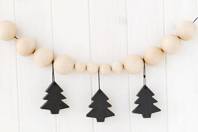 Easy DIY Wooden Beaded Christmas Garland