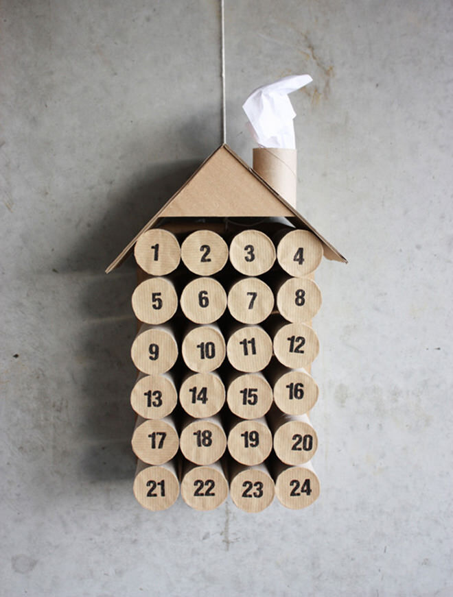When it comes to crafting there is nothing better than toilet rolls. They make the perfect advent calendar and the perfect size for small treats or little messages.