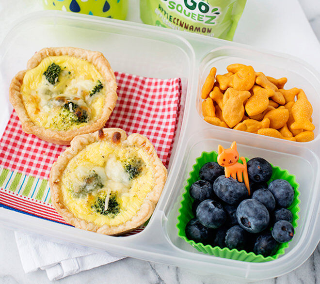 These broccoli quiches can be frozen and taken out in the morning for the kiddies lunch box.