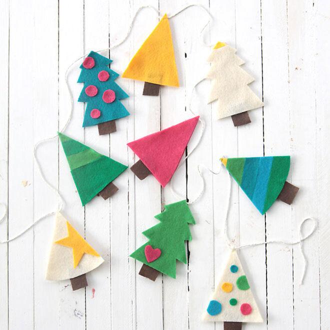 Cute felt DIY Christmas garland