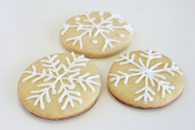 Snowflake decorated cookies