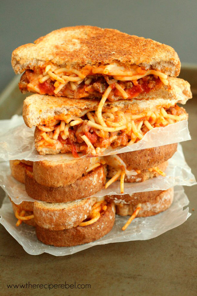 spaghetti garlic toast grilled cheese recipe
