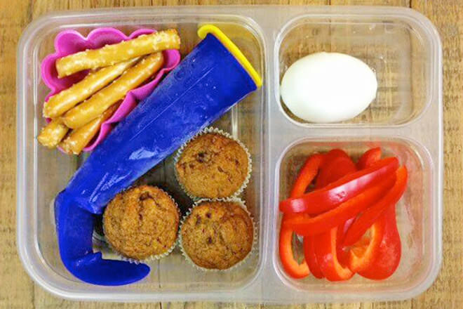Freezing smoothies - lunchbox ideas you can freeze ahead of time.