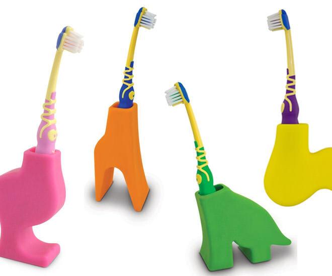 J-Me toothbrush holder bella, sid, diego, grace