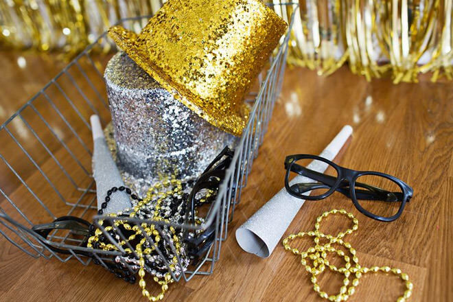 DIY photo booth New year's eve 2016 kids activities ideas