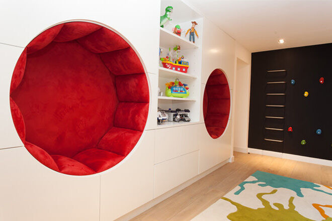 Circular wall reading nook