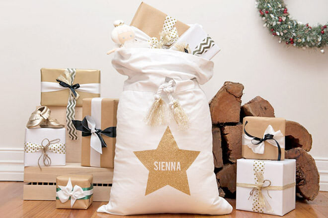IdTee Gold Glitter Star Santa Sack