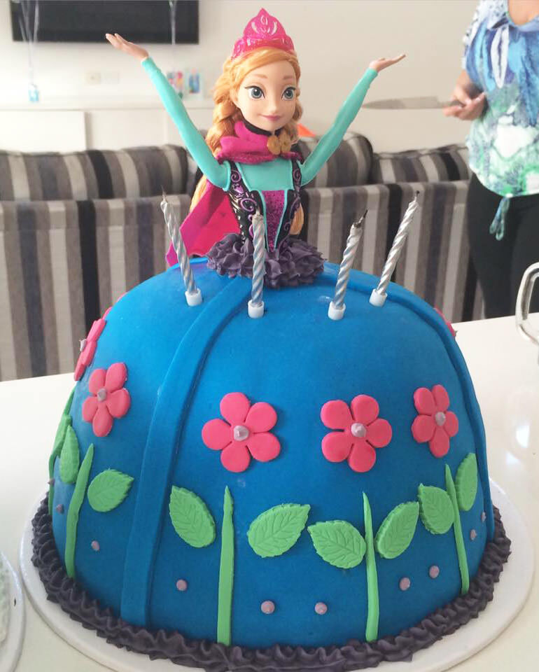 Frozen Cakes from the Mum's Grapevine Community