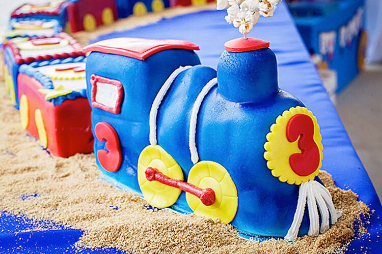 36 Tasty train cakes coming through! | Mum's Grapevine