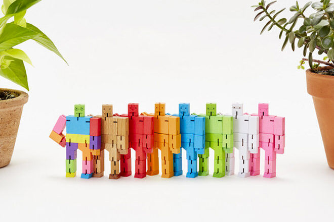 Cubebot micro wooden robots