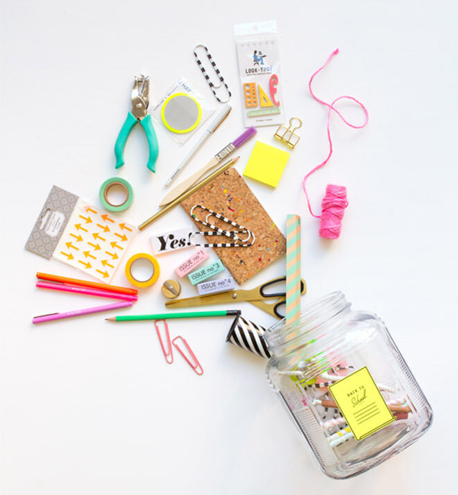 Make a gift jar to give to the kids a great way to celebrate going back to school.