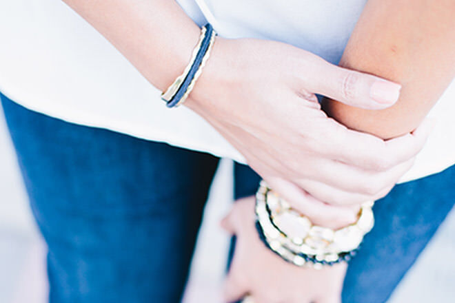 Bittersweet bracelet turns your hair-tie into a chic accessory ... 64679cf49bb