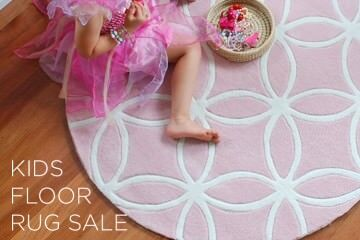 BugRugs Pink round kids floor rug